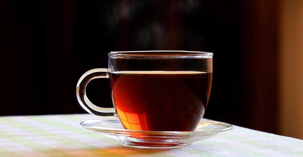 晨起喝一杯热普洱茶可降低患肾癌